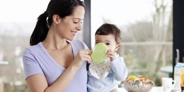 过敏宝宝吃什么奶粉好?这4个问题你一定想知道