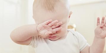 宝宝拉肚子、哭闹,究竟是牛奶蛋白过敏还是乳糖不耐受?