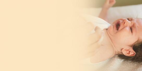 宝宝总是哭闹怎么办?可能是牛奶蛋白过敏引起的肠绞痛